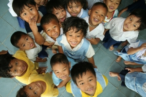 smiling-children-in-kindergarten_1200